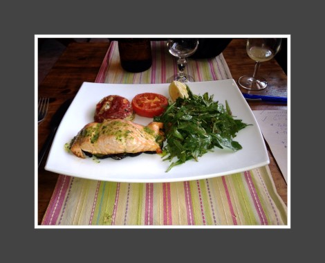 Provence travel always includes amazing food and wine