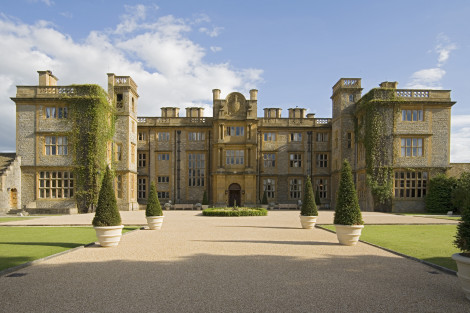 English Countryside Discovery: Eynesham Hall in Oxfordshire